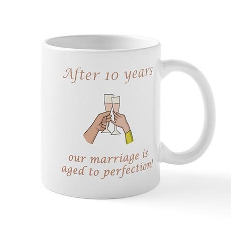 10th Anniversary Wine glasses Mug