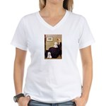 Whistlers Mom/2 Westies Women's V-Neck T-Shirt
