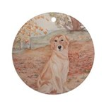 Round OrnamentGolden Retriever