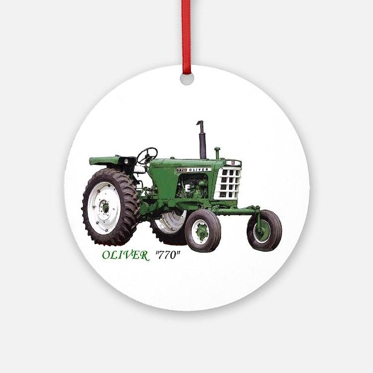 770 Oliver Ornament (Round)