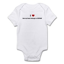 I Love that my heart belongs Infant Bodysuit
