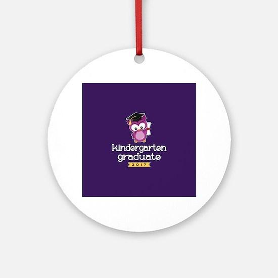 Kindergarten Grad 2017 Round Ornament