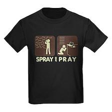 2-spray and pray black T-Shirt