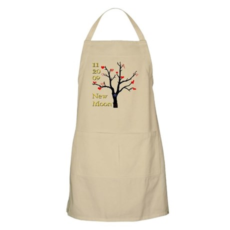 11.20.09 New Moon Release Dat BBQ Apron