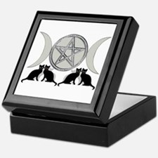 Silver Diamond Pentagram Keepsake Box