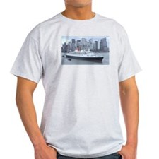 QE2 New York Final Departure T-Shirt
