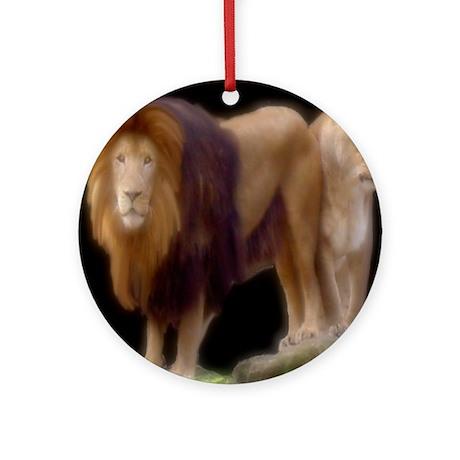 Lion & lioness Ornament (Round)