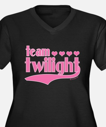 Team Twilight Pink Hearts Women's Plus Size V-Neck