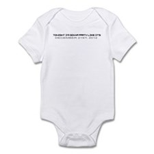 Cute 2012 end of the world Infant Bodysuit