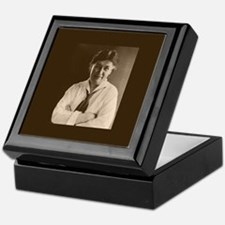 Willa Cather Keepsake Box