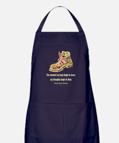 Thoreau Quote Hiking Apron (dark)