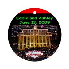 Eddie/Ashley Christmas Ornament (Round)