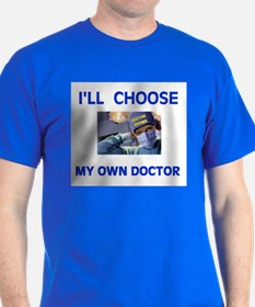 QUACK IN CHARGE! - T-Shirt