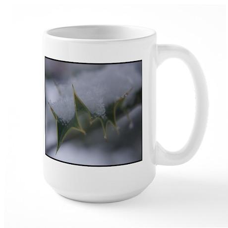 Snow holly Large Mug