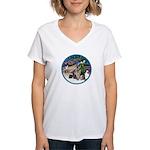 XmasMagic-GShep-2 Cats Women's V-Neck T-Shirt