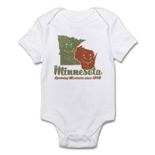 MN: Spooning WI Infant Bodysuit
