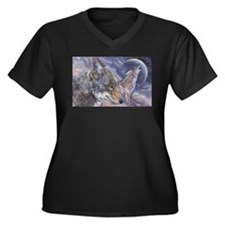 Coyote Women's Plus Size V-Neck Dark T-Shirt