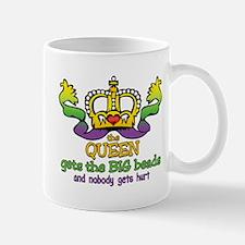 The Queen gets Mug