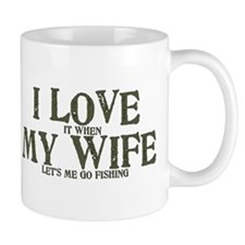 I love my wife fishing funny Mug