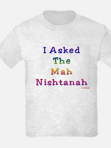 Mah Nishtanah Passover T-Shirt