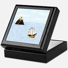 Sailing by the Castle Keepsake Box