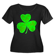 Clover Women's Plus Size Scoop Nekc Dark T-Shirt