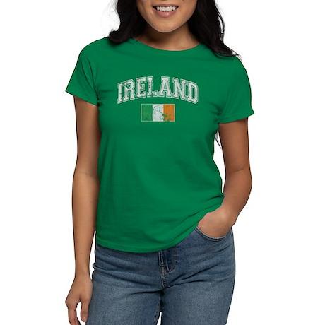 CafePress - Ireland Flag Women's Dark T-Shirt