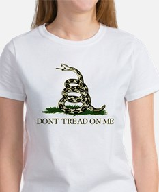 Don't Tread On Me - Women's T-Shirt