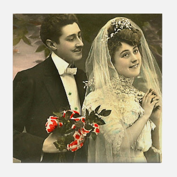VINTAGE WEDDING COUPLE Tile Coaster