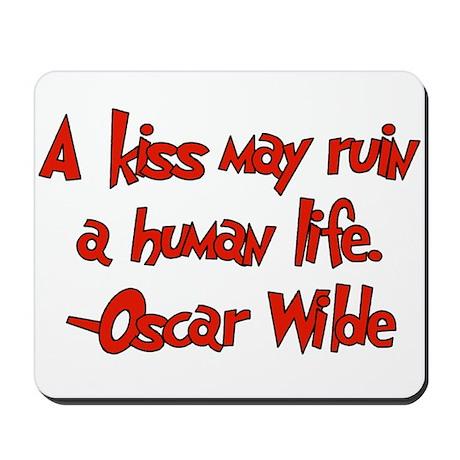 Wilde kiss Mousepad