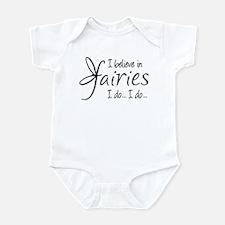 I believe in fairies Infant Bodysuit