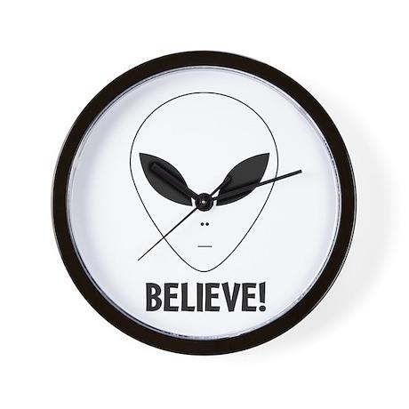 Believe! Alien Wall Clock