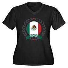Mexico Wreath Women's Plus Size V-Neck Dark T-Shir
