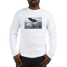 Cute California gray whale Long Sleeve T-Shirt