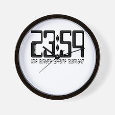 23:59 / Wall Clock