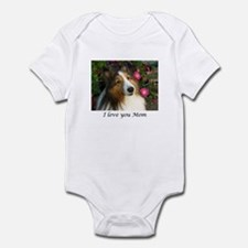 I love you Mom Infant Bodysuit