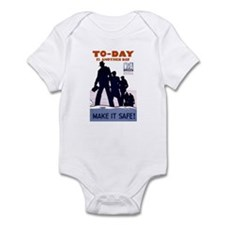 To-Day Infant Creeper
