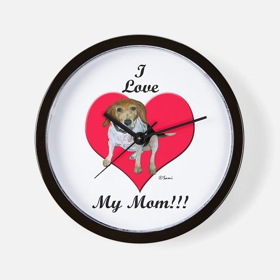 Beagle I Love Mom! Wall Clock