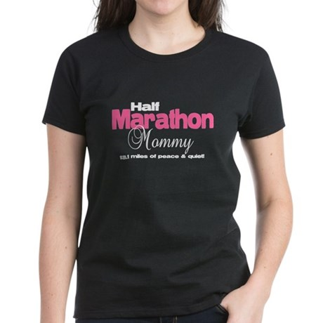 Half Marathon Mommy Peace Qui Women's Dark T-Shirt