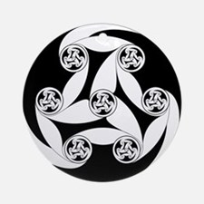 Celtic Spiral Motif Ornament (Round)