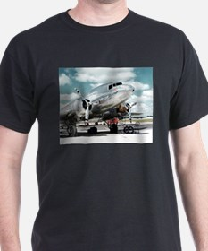 United DC-3 Black T-Shirt
