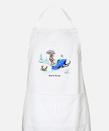 Moose on The Loose T Shirts Apron