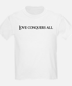 Love conquers all Kids T-Shirt