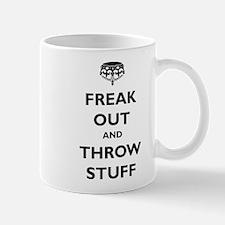 Freak Out and Throw Stuff (pa Mug