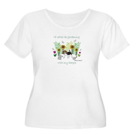 beagle Women's Plus Size Scoop Neck T-Shirt