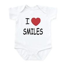 I heart smiles Infant Bodysuit