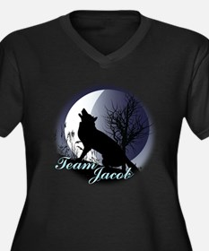 Team Jacob (at Night) Women's Plus Size V-Neck Dar