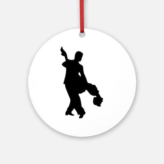 Couple Silhoutte Ornament (Round)
