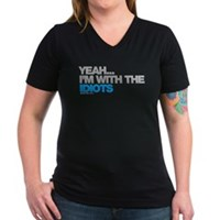 I'm With The Idiots Women's V-Neck Dark T-Shirt