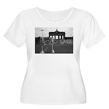 Cute Border walls T-Shirt